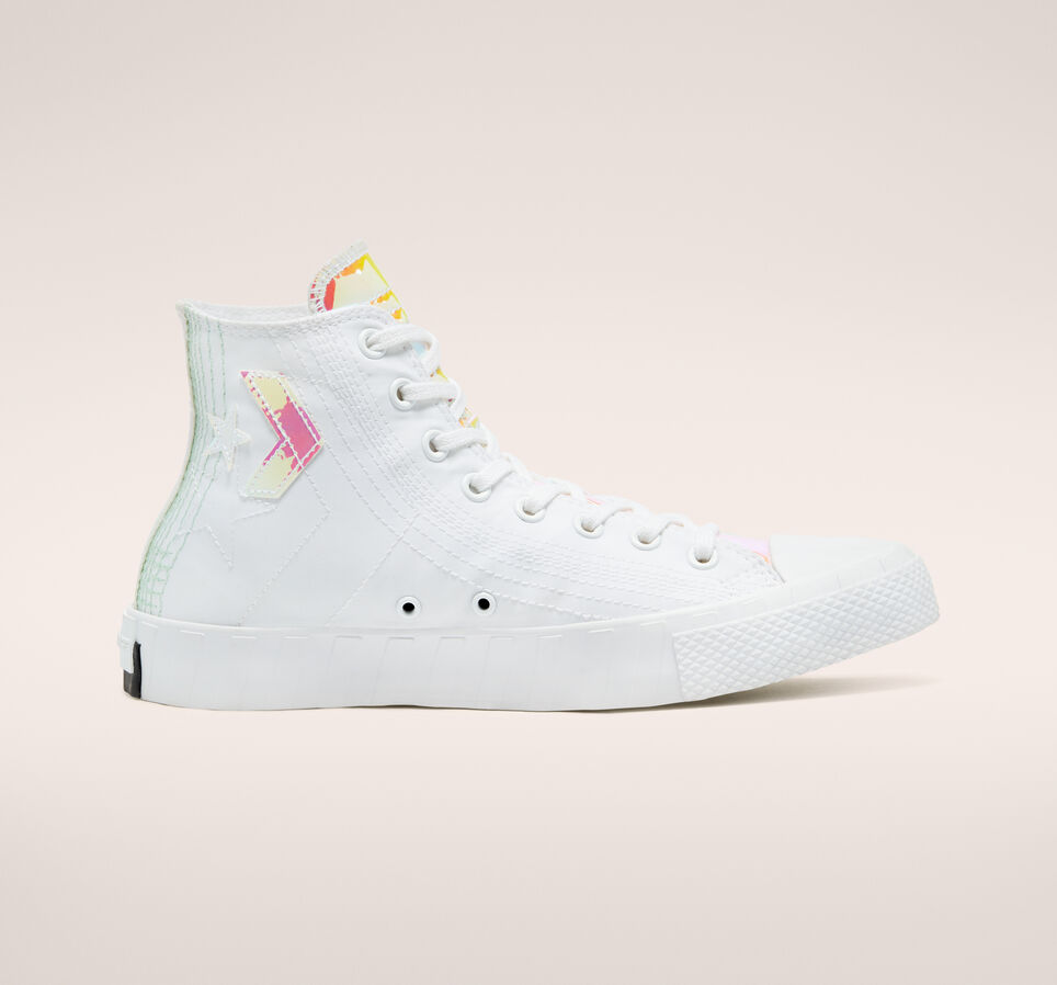 converse-hi-vis-unt1tl3d-white-iridescent-170605c13