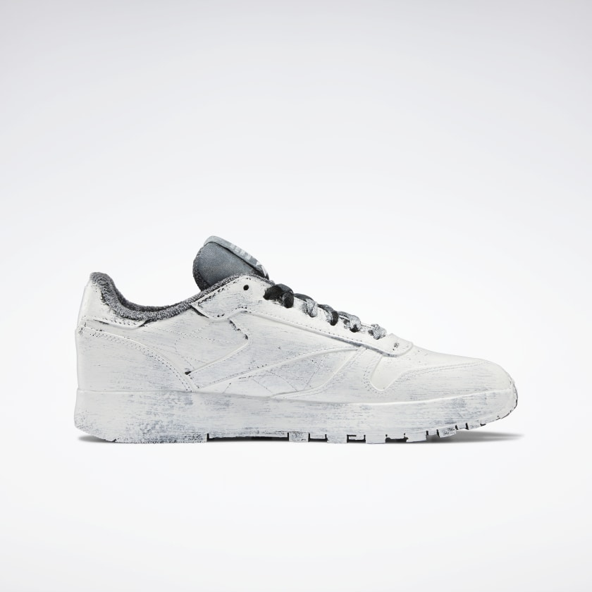 Maison Margiela x Reebok Classic Leather Tabi 'Whiteout'}