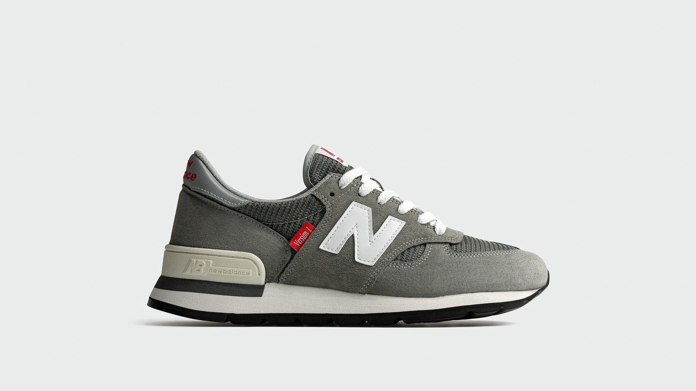 new-balance-990-v1-grey-m990vs14