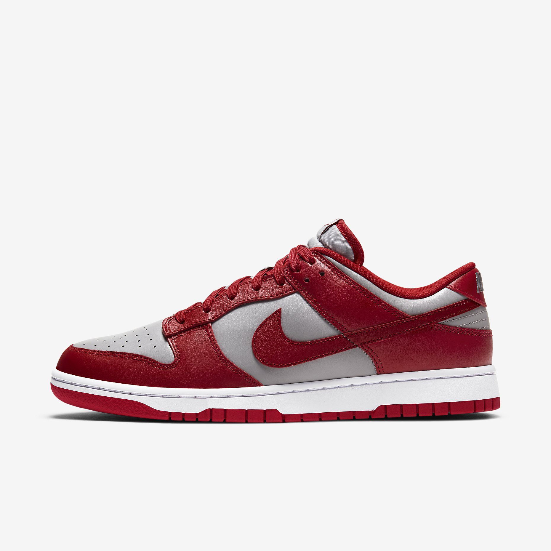 Nike Dunk Low 'Med Grey/Varsity Red'}