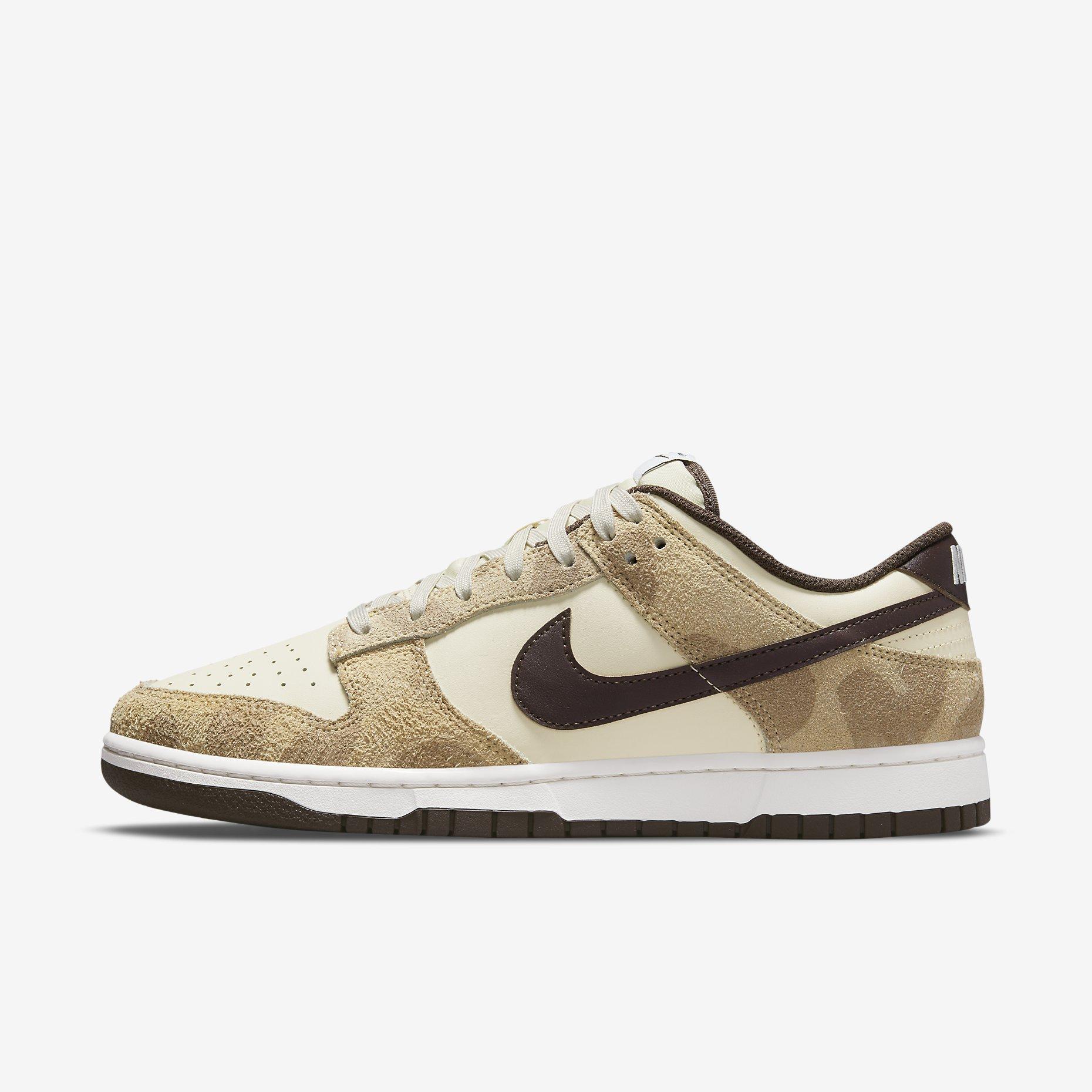 Nike Dunk Low Retro PRM 'Cheetah'}