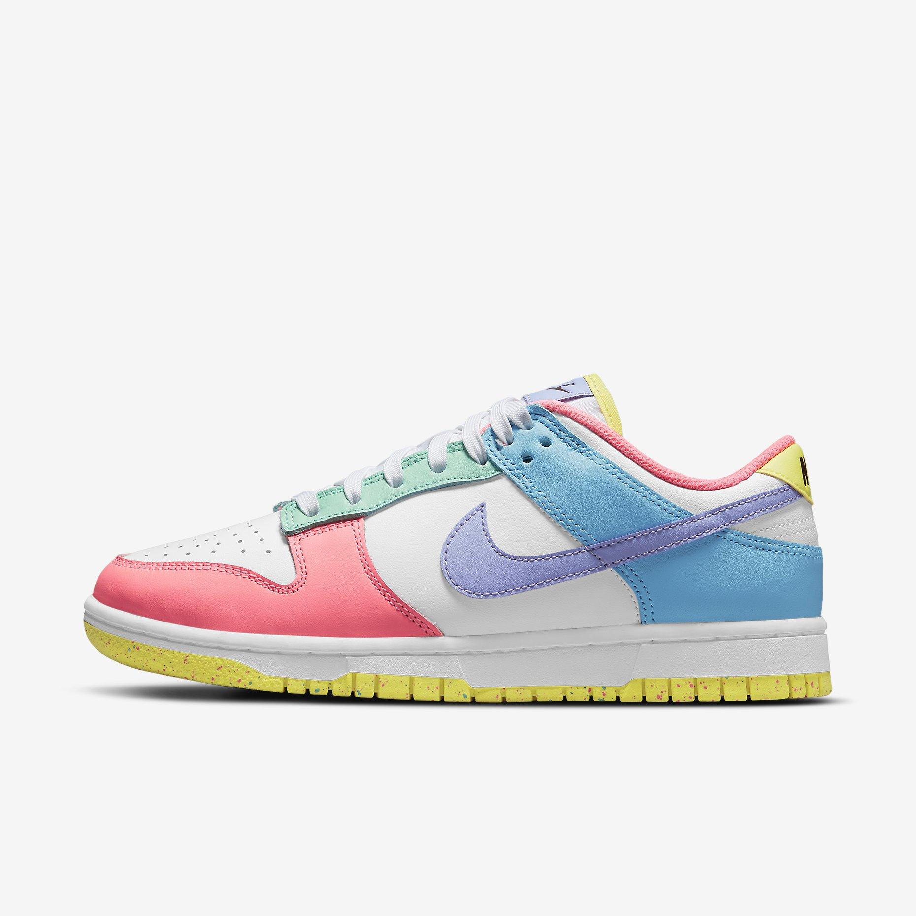Women's Nike Dunk Low SE 'Easter'}
