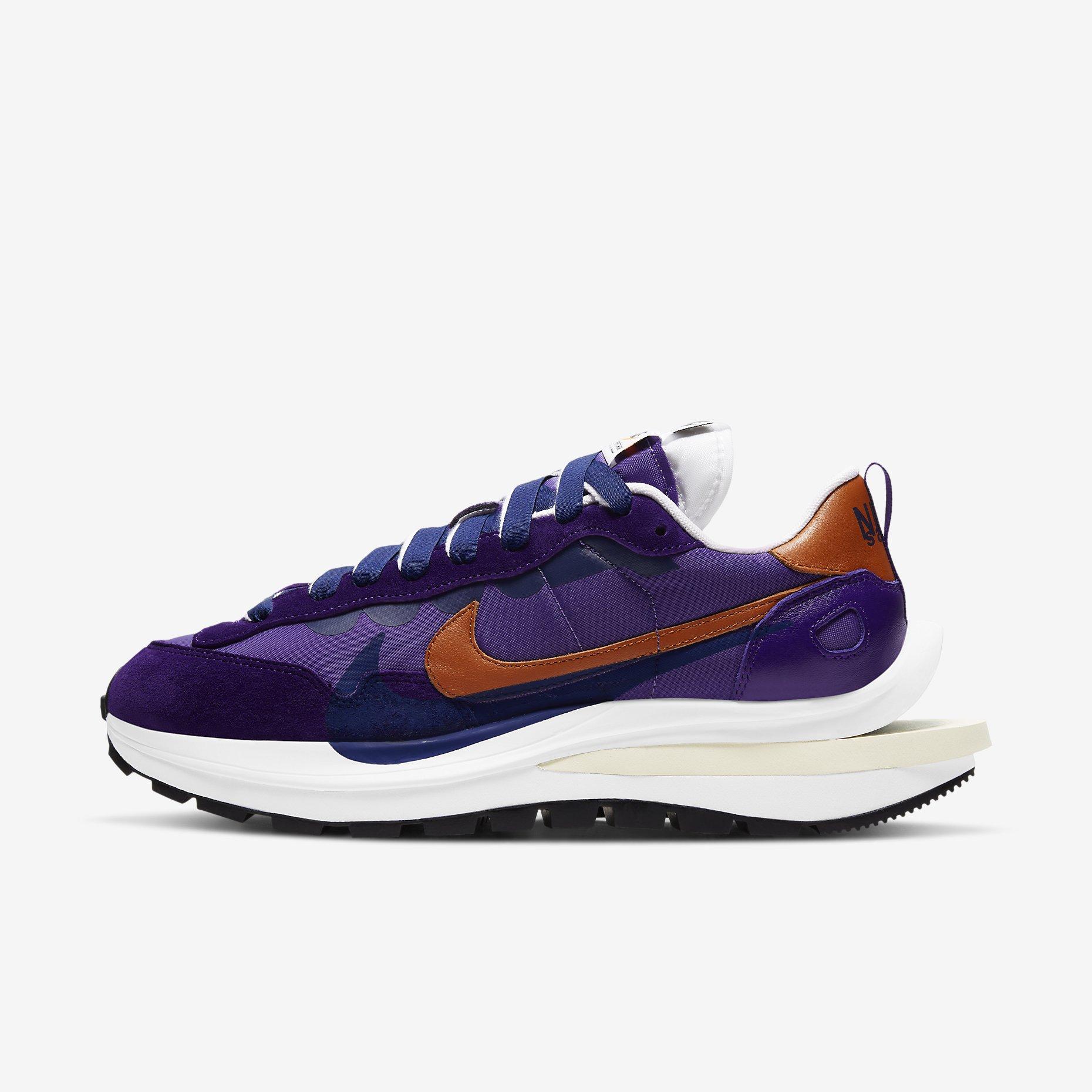 Nike x Sacai VaporWaffle 'Dark Iris Campfire Orange'}