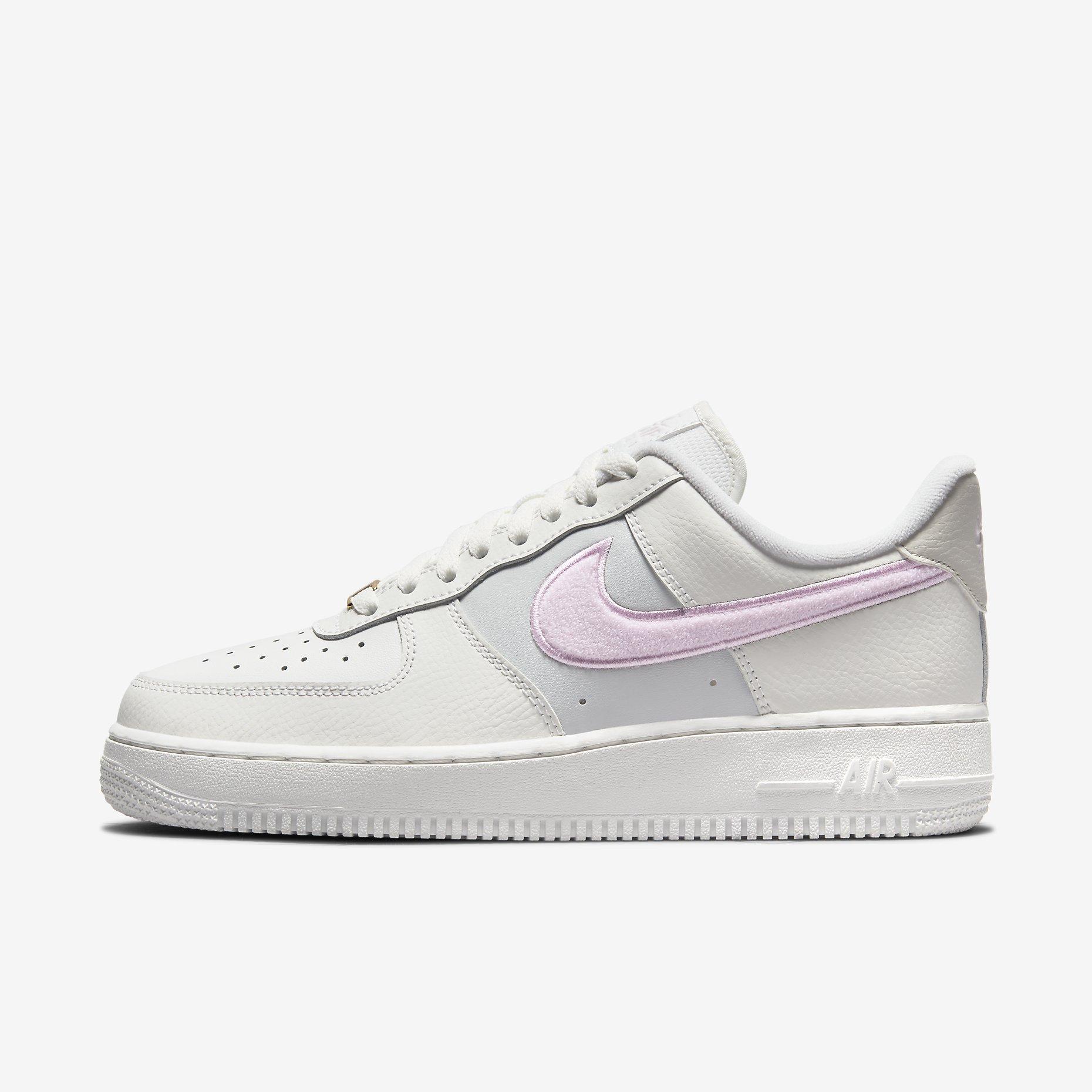 Women's Nike Air Force 1 '07 'Summit White/Regal Pink'